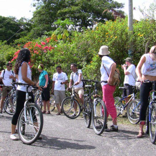 TOUR DE SAMOSIR – FUN BIKE RIDE TO PROMOTE GREEN TOURISM