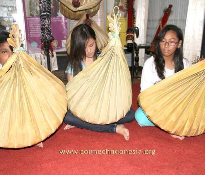 SASANDO ROTE, THE FORGOTTEN MUSIC INSTRUMENT OF INDONESIA
